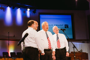 4 Chordsmen singing the national anthem