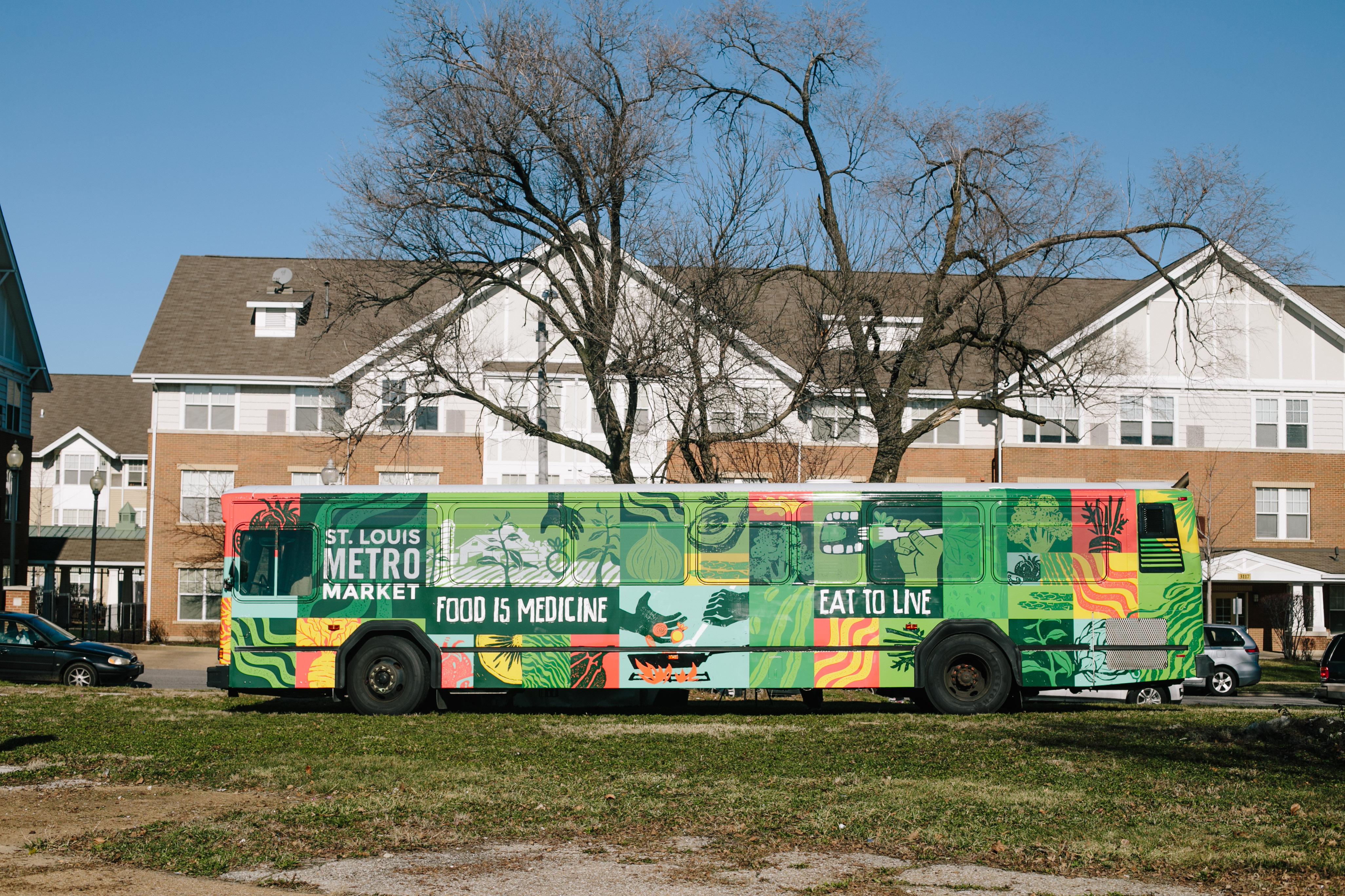 Stl metromarket bus