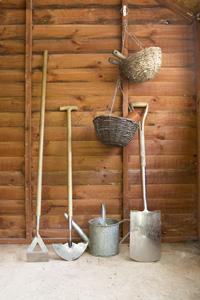Garden tools medium