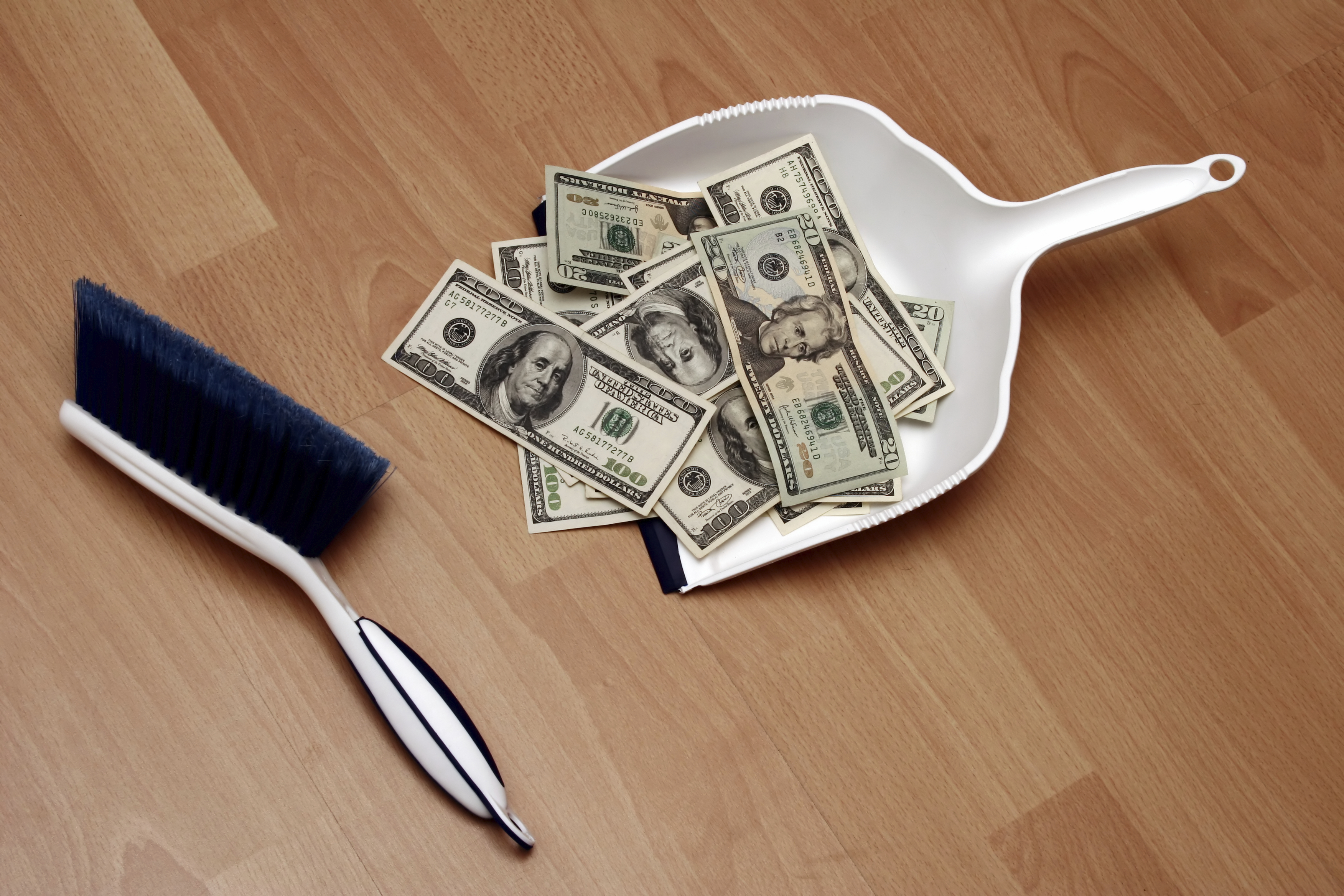 Nfkgfbsbsfyed7cbroj7+cleaning_money