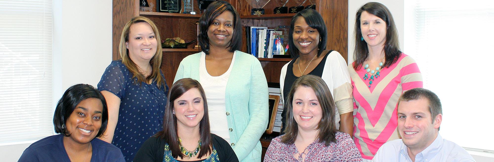 Tcj9hwrwtksyw7cnnqrr+program-develops-employee-leaders