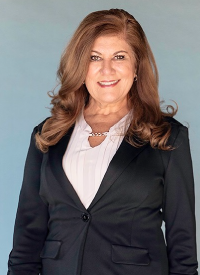 Picture of Sara Quinteros, mortgage loan office